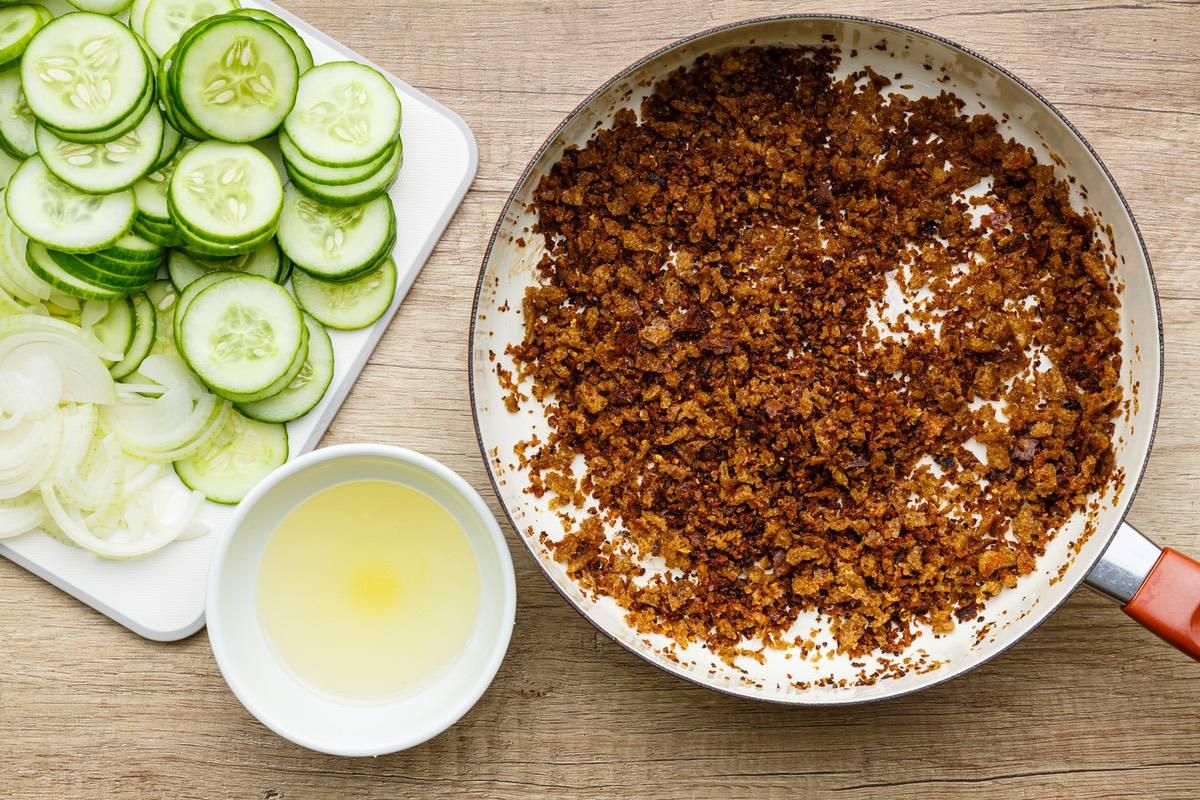 Onion Vinegar Cucumber Salad Recipe