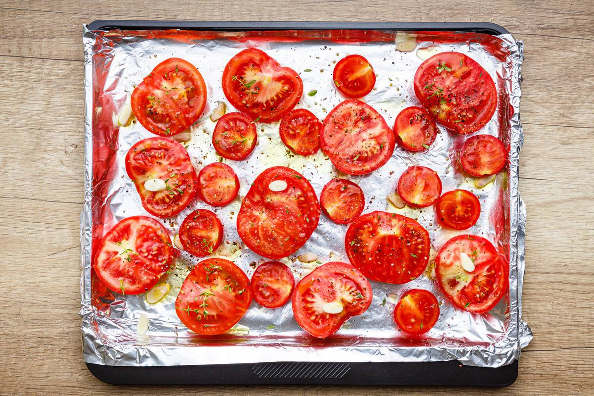 Oven Roasted Tomatoes And Garlic